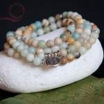 Mala en perles d'amazonite