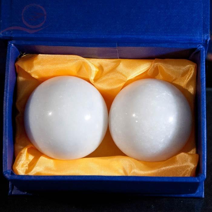 Qi Gong health balls, yin yang