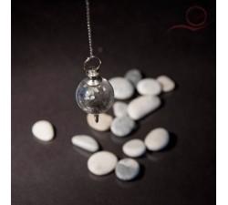 Pendule en cristal de roche, boule 7 chackras