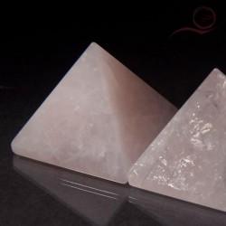 Pyramide en quartz rose 4 cm