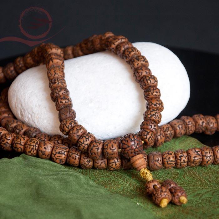 Mala en graines rudraksha