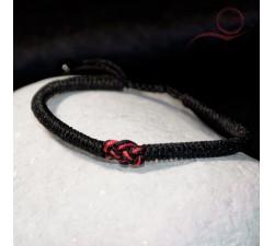 Bracelet fil noir et noeud