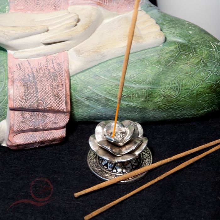 Brûle encens lotus métal