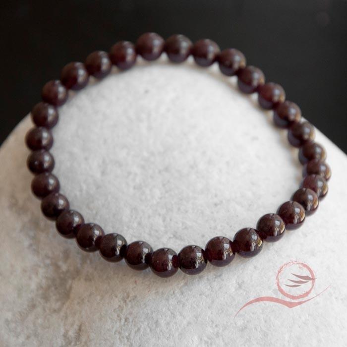 Garnet bracelet, 6mm