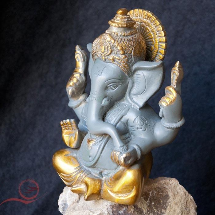 Ganesh en laiton peint