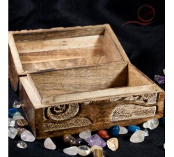 Wooden box, tree of life