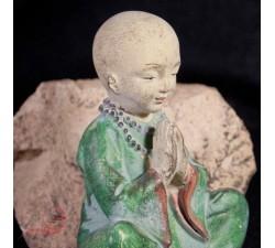 petit moine en meditation a lyon