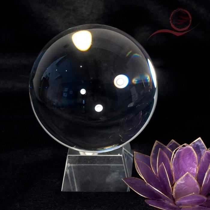 Boule de véritable cristal, 15 cm