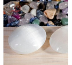 Selenite pebble