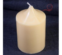 Beautiful candle in vegetable wax, beige color, fragrance-free