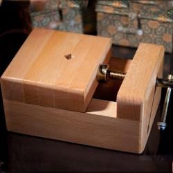 Etau pour sceaux chinois, en bois